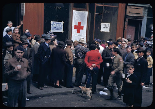 crowd-gathers-during-salvage-collection-in-lower-east-side-1942