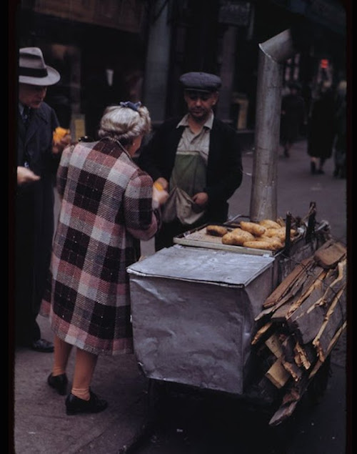 hot-sweet-potatoes-cart-1942