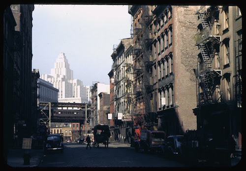 view-up-moss-ave-1942