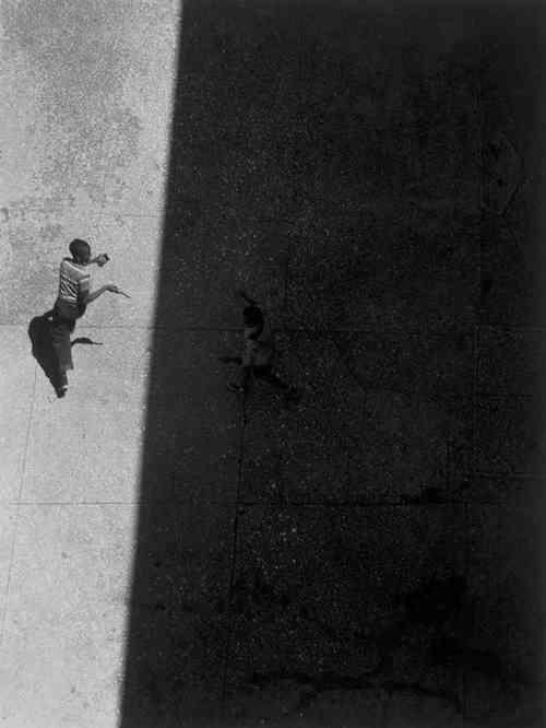 sun and shade_Roy DeCarava
