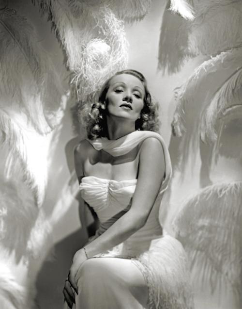 marlene-dietrich-by-hurrell-1937